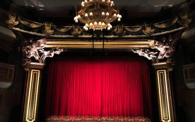 Il potere del teatro che ora non c'è
